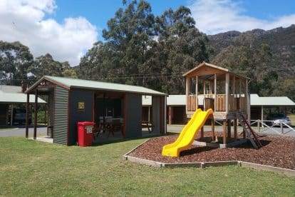 Halls Gap Log Cabins-10