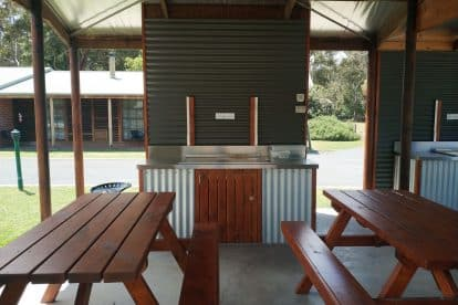 Halls Gap Log Cabins-12