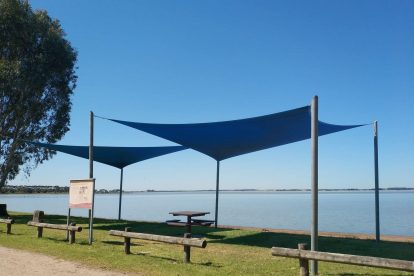 Lake Bolac Attraction-16